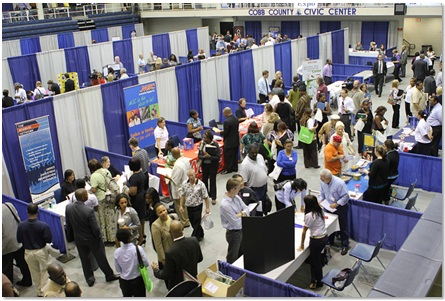 How to find a job via virtual career fairs